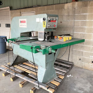 W a Whitney 615 Punch 15 Ton W 17 Punch Sets 36 Throat 3 4 Capacity