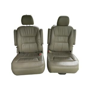 Honda Odyssey 2004 Two Tan Leather Bucket Seats Middle Row