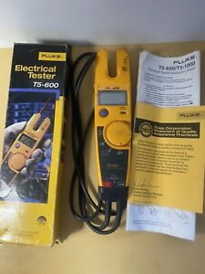 Fluke T5 600 600a Voltage Current Tested W Box