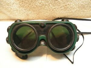 Vintage A O Cutting Torch Cutting Glasses Goggles Tinted Green Glass 8 Vents