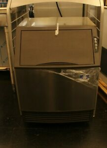 Open Box Manitowoc Neo Udf0190a 198 Lb Undercounter Ice Cube Machine Air Cooled