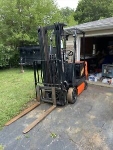 Toyota 5fbcu15 3000 Lbs Capacity Great 4 Wheel Electric Forklift With Charger