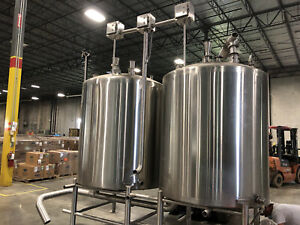 2 300 Gallon Stainless Steel Mix Tank With Injection System Skid