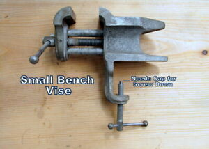 Small Bench Vise 2 3 8 Jaw Large Flat Pad Used Good Cond Ideal 4 Crafter