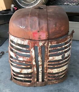 Vintage Farmall 300 International Harvester Ih Tractor Grille Nose Cone