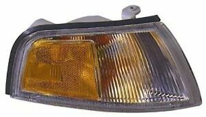 Right Corner Light Fits 1997 2001 Mitsubishi Mirage Turn Signal Lamp New