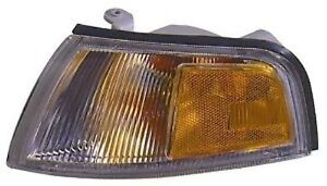 Left Corner Light Fits 97 01 Mitsubishi Mirage 4dr Turn Signal Lamp New