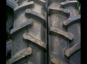 Two 18 4x26 Ford John Deere R 1 Bar Lug 12 Ply Tube Type Rear Farm Tractor Tires