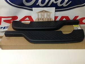2000 2004 Ford F 150 Lightning Flareside Rear Bumper Top Step Pads New Oem