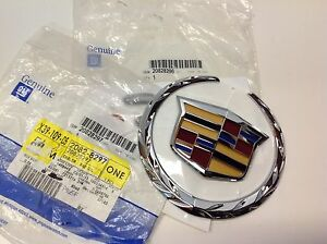 2010 2012 Cadillac Srx 2012 Cts Front Grille Crest And Wreath Emblem New Oem