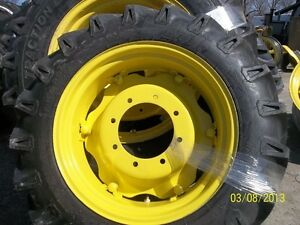 John Deere 5055e Two 9 5x24 Tires On Rims W centers