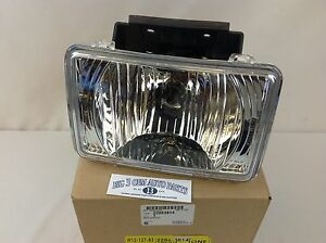 04 12 Chevrolet Colorado Gmc Canyon Rh Or Lh Front Fog Light Assembly New Oem