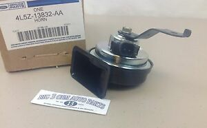 2004 2011 Ford Ranger Electronic Horn Assembly New Oem 4l5z 13832 aa