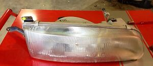 Toyota Previa 91 92 93 Passenger Side Headlight Right Front