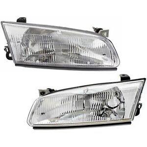 Headlight Set For 97 99 Toyota Camry Driver And Passenger Side W Bulb