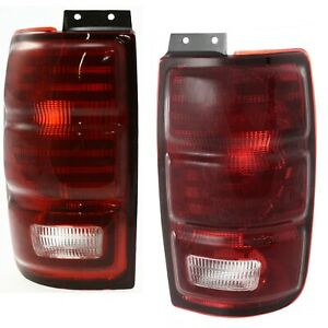 Set Of 2 Tail Light For 97 2002 Ford Expedition Xlt Lh Rh
