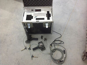 Sensotec Signal Conditioning Load Cell Unit Bench Tester Gauge J1802 001 W case
