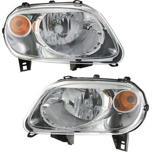 Headlight Set For 2006 2011 Chevrolet Hhr Driver And Passenger Side W Bulb