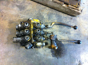 Hydraulic Control Valves Off International 500 E Dozer