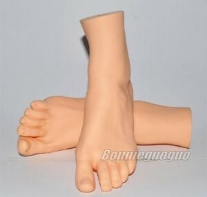 One Pair Female Right Left Vivid Foot Mannequin Jewerly Display Model Art Sketch