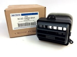2005 2006 2007 Ford Super Duty Black Rh Center Dash Vent New Oem 5c3z 19893 Baa