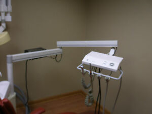 Dental Office Dentech Three Hp Delivery System 7912 5071 6890 Comes Withjb