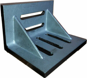 7 X 5 1 2 X 4 1 2 Slotted Angle Plate webbed 3402 0305