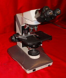 Nikon Labophot 2 Microscope Very Good Condition W 4 Objectives 100 40 20 10