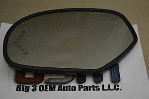 2007 Cadillac Chevrolet Gmc Left Hand Driver Dl3 Side View Mirror Glass Oem