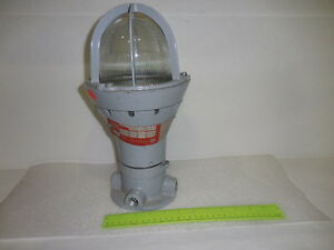 Crouse hinds Explosion Proof Lighting Fixture Cat evcx 140 Sale