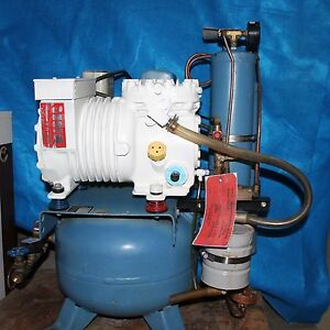 Air Techniques Dental Compressor 1 Hp With Dryer 115v 7805