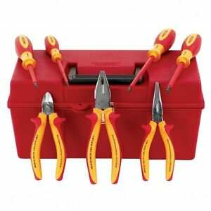 Wiha 32899 7 piece Proturn Insulated Pliers And Screwdriver Set In Case
