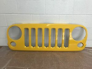 2007 2017 Oem Jeep Wrangler Unlimited Front Grille 68046306ab