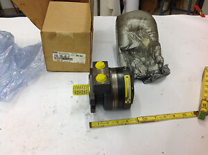 Parker 110a 036 as 0 F Hydraulic Motor 3 6 Cu In rev 1 Shaft 2500 Psi New