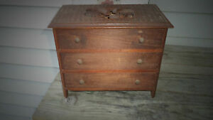 Tramp Art Small Wood Chest Carved Design 3 Drawer Cigar Box 8 1 2 Tall C 1935