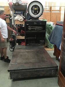 Industrial Toledo Cargo Platform Weighting Scale 0 To 5250 Lbs Fork Lift Avail
