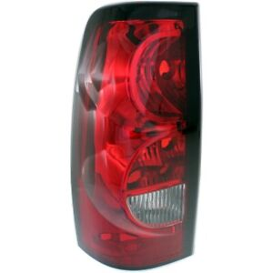 Halogen Tail Light For 2004 2006 Chevy Silverado 1500 Fleetside Left W Blk Trim