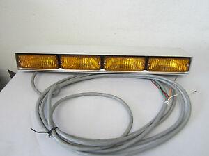 Whelen 500 Series 4 Amber Light Light Bar Traffic Advisor Control Bar Aluminum