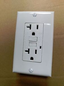 5 Pc New 20a Gfci Outlet Receptacle 20 Amp White W Led Light Wallplate