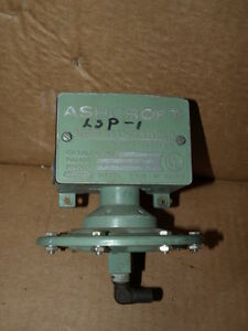 Ashcroft Snap Action Switch 61s 6280 61s6280 125 250 Vac Psi 15a 15 A Amp