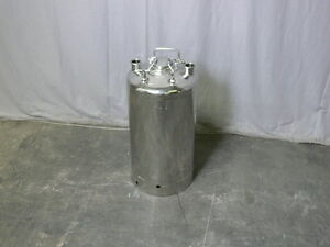 Alloy Products 40 Liter Stainless Steel Pressure Vessel 130 Psi W Hose Barb
