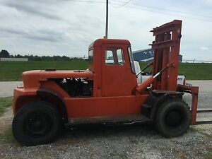 Clark Forklift 20 000 Lbs With Inclosed Cab