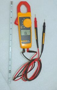 Fluke 323 Electricians Clamp Meter With Latest Fluke Leads Very Nice