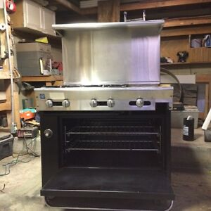 Is Range 4 Burner Griddle With Oven