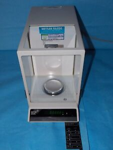 Mettler Toledo Ae240 Digital Analytial Balance Scale Excellent Condition