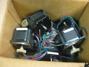 Lot Of 10 Lin Engineering 041814 5709x 01pd 06ro Stepper Motors 2 8a