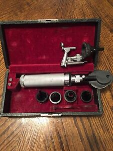 Antique Welch Allyn Otoscope opthalmoscope Made Of Bakelite