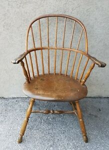 18c American Pennsylvania Sack Back Knuckle Arm Windsor Chair