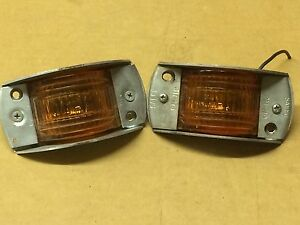 Vintage Pair Griffin Pm Armored Marker Lights Nos Truck Amber Glass Trailer Old