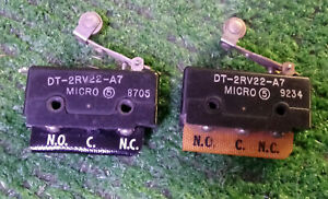 2 Used Micro Switch Dt 2rv22 a7 Limit Switch W roller Lever 10 Amp